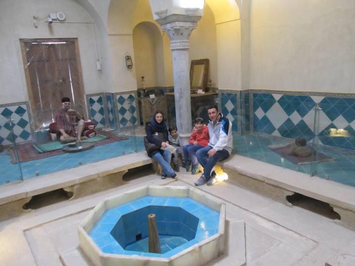 حمام قلعه چالشتر