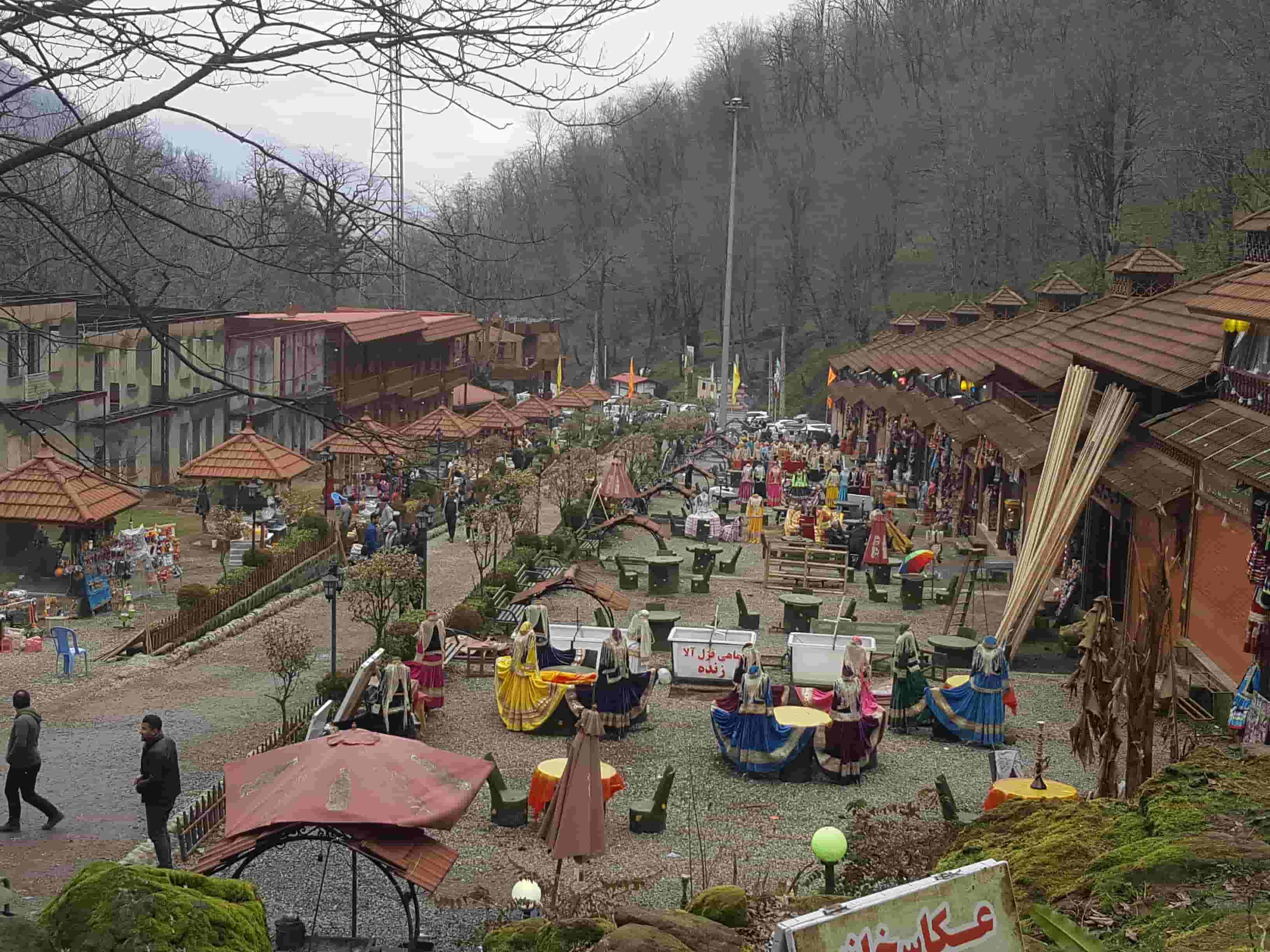 بازار قلعه رود خان